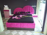 Тапицирана спалня сърце